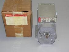 HONEYWELL M745A1011 MODUTROL MOTOR, 24 VOLT, SPRING RETURN, 160 DEGREES