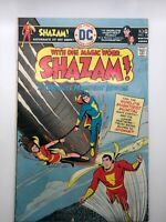 SHAZAM #23 1976 DC COMIC BRONZE CAPTAIN MARVEL