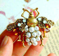 Dramatic ELEGANT Pearls BEE Champagne Rhinestone Retro Necklace Pendant Brooch