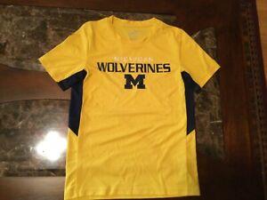 College Michigan shirt,,short sleeve tee,boys M (10/12) polyester NWT yellow