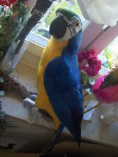 Papagei Blau Gelb 66cm - Federfigur Tiki-Pop  Tierfigur - Federn - Handarbeit