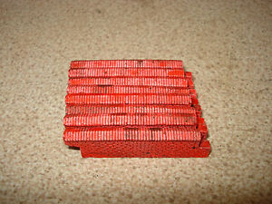8 STRAIGHTS  WEATHERED  RED  BRICK WALLING. 00 GAUGE SCENERY BRAND NEW