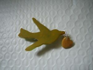 VNTG Bakelite Pin Brooch Green Flying Bird Swallow w Dangling Heart  Sweetheart