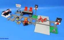 LEGO Trains 60051 GARE / avec passage à niveau et 2 rails + heurtoir nr.6