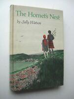 THE HORNET'S NEST Sally Watson HC 1968 1st Edition SCOTLAND WILLIAMSBURG VA - K1
