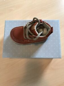 Clarkes  Brown Boots Infants Size Soft Leather  Size 4