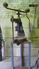 HAND FLY PRESS AND BENCH STAND
