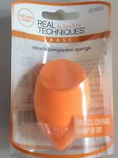 New REAL TECHNIQUES  Miracle Compextion Sponge Use Damp or dry