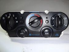 Ford Fiesta V Heizung Klima Bedienteil Schaltzentrale 256H19980BD