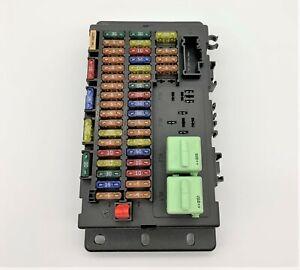 OEM 02-06 Mini Cooper Hardtop 2D Coupe Interior Dash Fuse Relay Junction Box