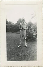 WWII ERA US SOLDIER WITH CAMERA ORIGINAL SNAPSHOT PHOTO