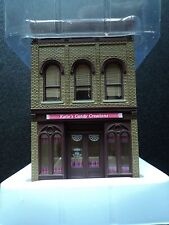 WALTHERS TRAINLINE  KATIE'S  CANDY CREATIONS BUILDING   931-808   HO   BUILT UP