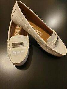 Calvin Klein Womens Flat Loafer Shoes White size uk7 Brand New
