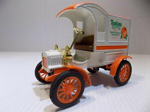 Ertl 1905 Delivery Car Bank Tropicana Orange Juice 1/25 Scale  #7637UO NOS
