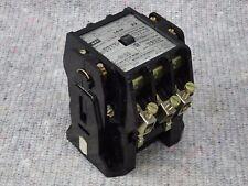 AEG Schütz LS36 22     30kW   Steuerspannung 230VAC
