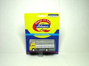 ATHEARN HO SCALE FORD C-SERIES TRUCK W/STAKE BODY YELLOW 02727