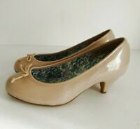 ❤ J D WILLIAMS NEW Size UK 5 EEE Extra Wide Ladies Beige Patent Slip on Shoes