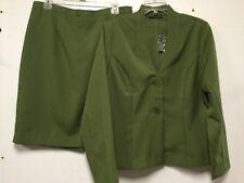 Womens Lightweight Skirt Suit Size 14 Green Two Button Jacket New Tiana B 194