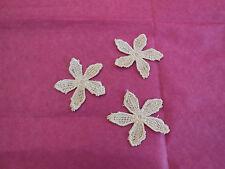 3 pcs Beige peu dentelle florale Applique/ dentelle motif sont à vendre en 4.6cm