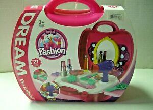 Dream Fashion Pretend Makeup & Hair Suitcase, Pink, 21 Pieces, Brand New