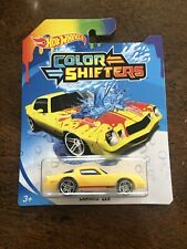 2020 Hot Wheels Color Shifters Camaro Z28 Red Yellow (21-4)