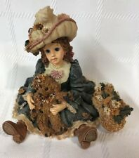 Boyds Bears Figurine~ Meredith with Jacqueline.Daisy Chain ~ Flowers #3531