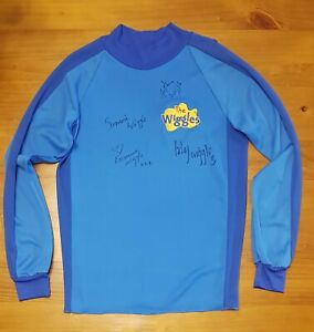 The Wiggles - original Blue skivvy autographed / signed by the current members