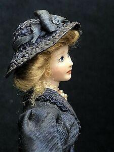 Vintage Dolls House 1/12 Artisan Porcelain Doll Sandy K read description
