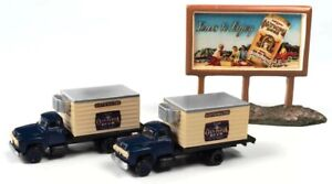N Scale - 54 FORD BEER TRK W/COUNTRY BILLBOARD (OLYMPIA BEER) - CMW-60004