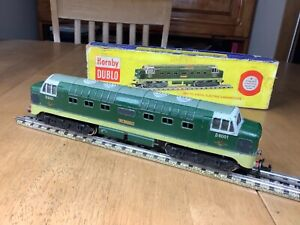 Hornby Dublo 3 Rail 3234 BR Class 55 Deltic Diesel 9001 St Paddy serviced/remag