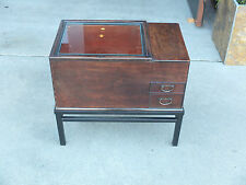 Japanese hibachi w/ metal base,original condition, new copper container inside.
