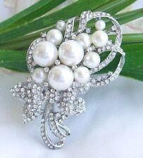 & Clear Rhinestone Crystals Ee04590C1 Charming Bridal Flower Brooch Pin Pearls