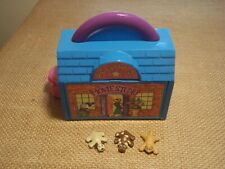 Vintage Pound Puppies Lot Galoob Mini Playset Hollywood Movie Studio Cat Dogs