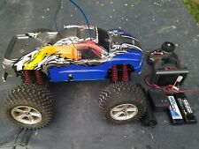 Traxxas S-Maxx 2.5 nitro RC truck 2wd, like tmaxx RTR complete nice condition