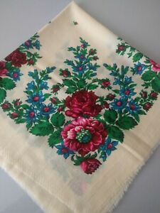 White Floral Granny Shawl Vintage Woolen Scarf Traditional Russian Chalet USSR