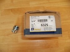 "LOT OF 25 -- **TOPAZ 632S** --3/4""  EMT Set-Screw CONNECTORS -- New In Box"