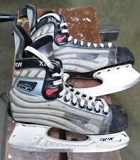 Bauer Vapor XI Hockey skates, youth/adult 6.5 (US size 8)
