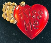 """JJ"" Jonette Jewelry Bronze Pewter 'KISS ME' Red Heart Pin Love Valentine's Day"