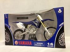 2009 YAMAHA YZF450F Motorcycle, Replica 1:6 Diecast Collectible, New Ray Toys BL