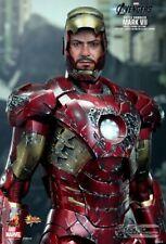 RARE HotToys Avengers:Iron Man mark VII damaged 1:6 Figurine (with light)