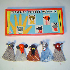 Wooden Finger Puppets Handcrafted in Czechoslavakia, 5 animals, Antique  NEW