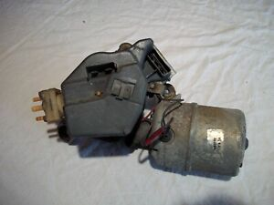 ORIGINAL GM WINDSHIELD WIPER MOTOR WASHER FLUID PUMP ASSEMBLY WITH DELAY