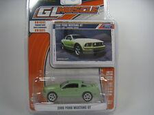 FORD MUSTANG GT 2006 1/64 GREENLIGHT (GREEN)