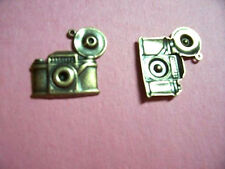 RETRO ANTIQUE BRASS CAMERA CHARM - 1 PC(s)