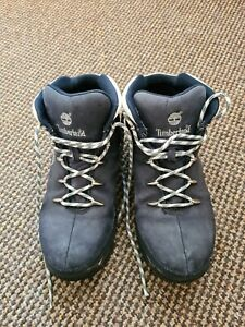 Womens timberland  boots size 6 navy blue lace up suede used