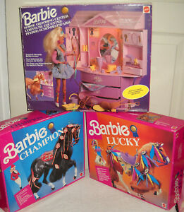 #6325 NRFB Vintage Mattel Europe Barbie Grooming Stable, Champion & Lucky Horses
