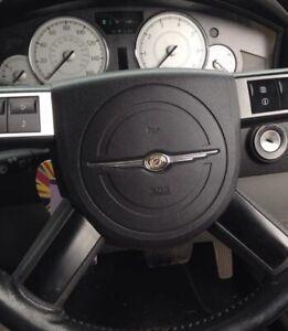 Chrysler 300C 2005-10 Steering Wheel Central Cover Horn Cover Chrysler Badge Crd