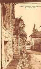 BF5830 fragent resyant de portail de l ancienne a cluny france     France