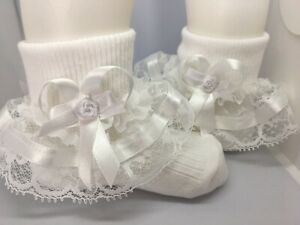 Handmade white rosebud bow lace frilly socks baby/girls