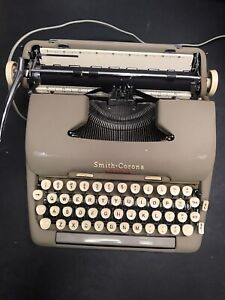 Vintage Smith Corona 5TE Electric Typewriter with Case 1950s